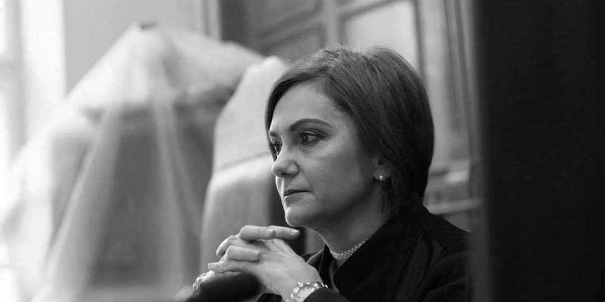 """""""Țară a nimănui, România moare puțin cate puțin, iar învierea ei pare tot mai departe"""""""