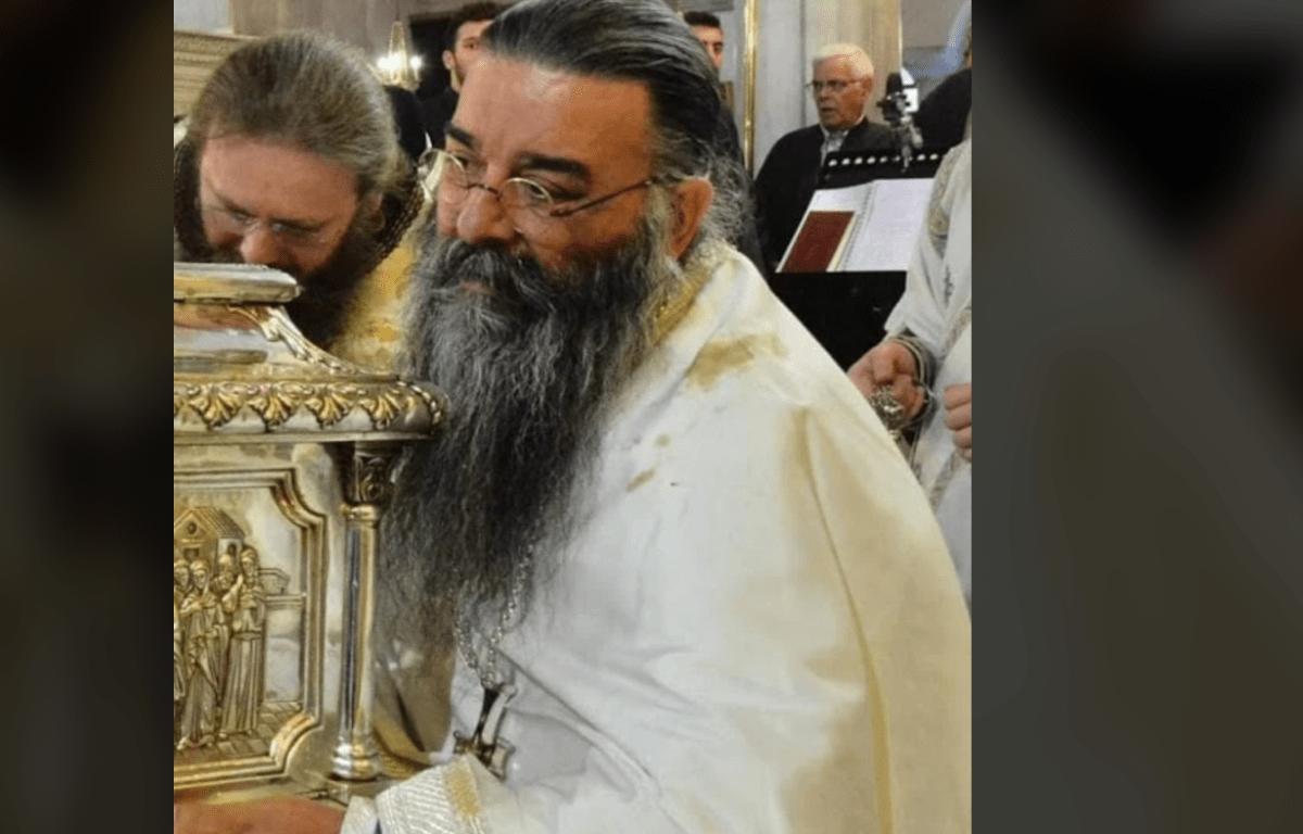 De pe 20 octombrie curge mir din abundență din racla Sfântului Mucenic Dimitrie! | Averea Bisericii
