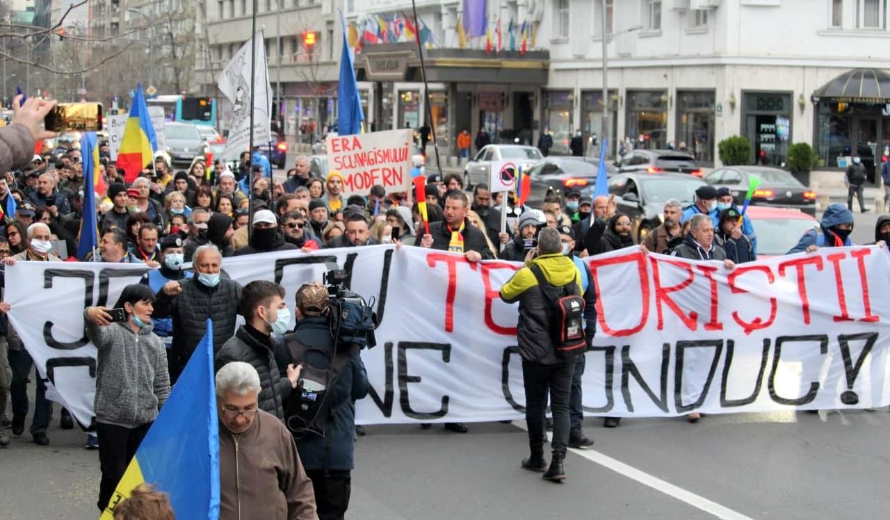 PREMIERĂ: Iohannis susține demonstranții pentru Libertate din întreaga țară printr-un comunicat oficial. BURLESC!   ActiveNews